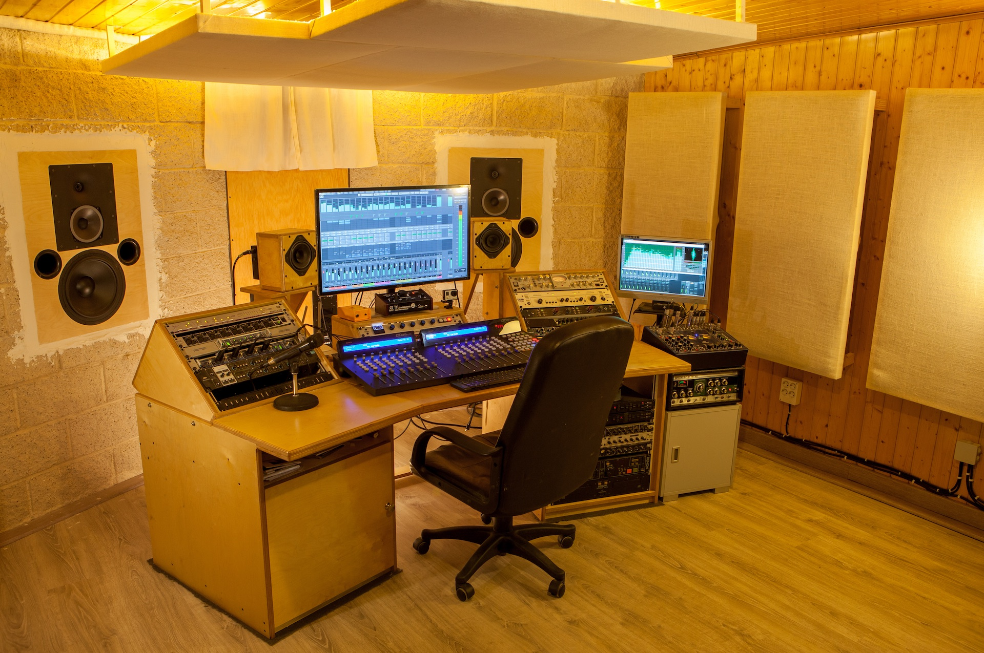 Bungalow recording studio